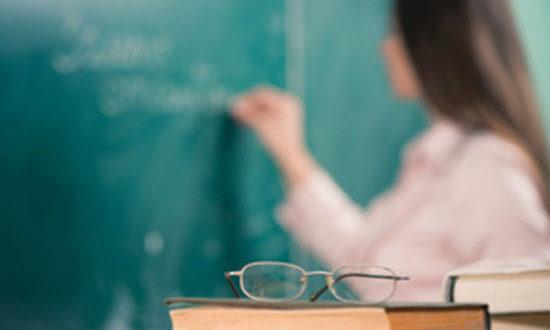 Ζήτημα δημοκρατίας να μην επανέρχονται οι αναπληρωτές εκπαιδευτικοί Υποψήφιοι βουλευτές στη θέση τους και να επανέρχονται οι Διευθυντές Εκπαίδευσης