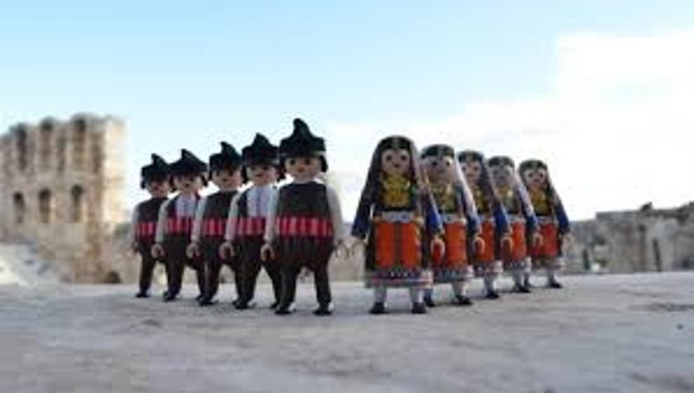 Τα Playmogreek με τις παραδοσιακές φορεσιές παρουσιάζονται στην Ορεστιάδα