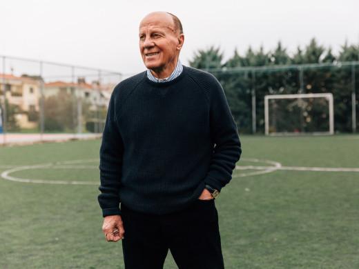 Δωρεάν η Ακαδημία Ποδοσφαίρου του Δομάζου με μόνη «πληρωμή» την τροφή για αδέσποτα