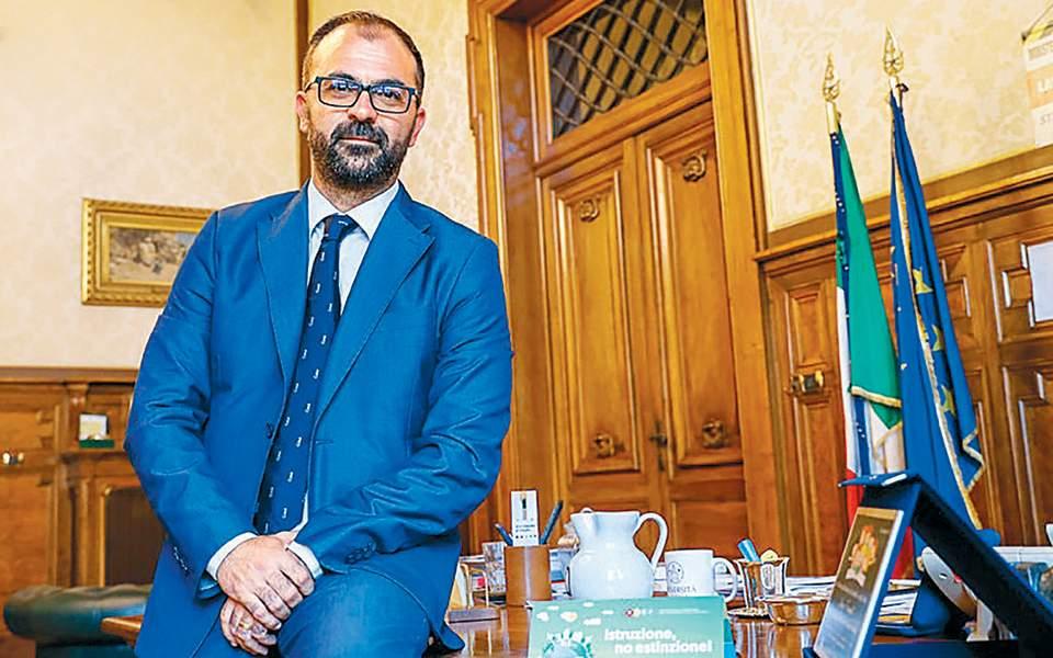 Στα ιταλικά σχολεία θα διδάσκεται η κλιματική αλλαγή