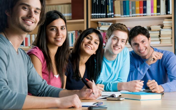 Έξι υποτροφίες για μεταπτυχιακές σπουδές
