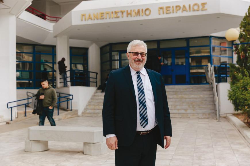 Άγγελος Κότιος: Ο πρύτανης του Πανεπιστημίου Πειραιώς μιλά για τη στρατηγική του ιδρύματος που διοικεί
