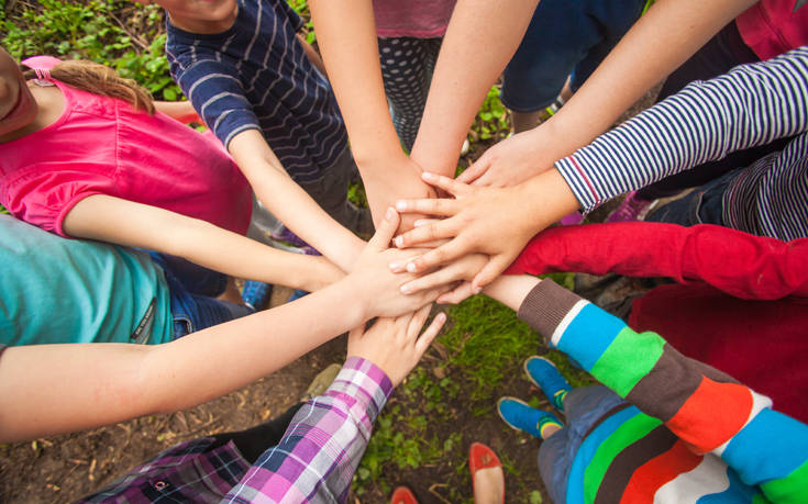 Μαθητές Δημοτικού εκπαιδεύονται στη διαφορετικότητα: «Ούτε καλύτερος, ούτε χειρότερος, απλά Διαφορετικός»