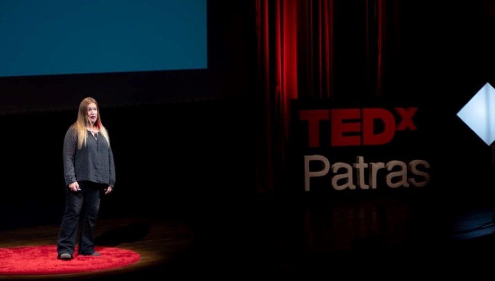 Μαρία Ντάβου, μία εκπαιδευτικός που «χακάρει το σύστημα»