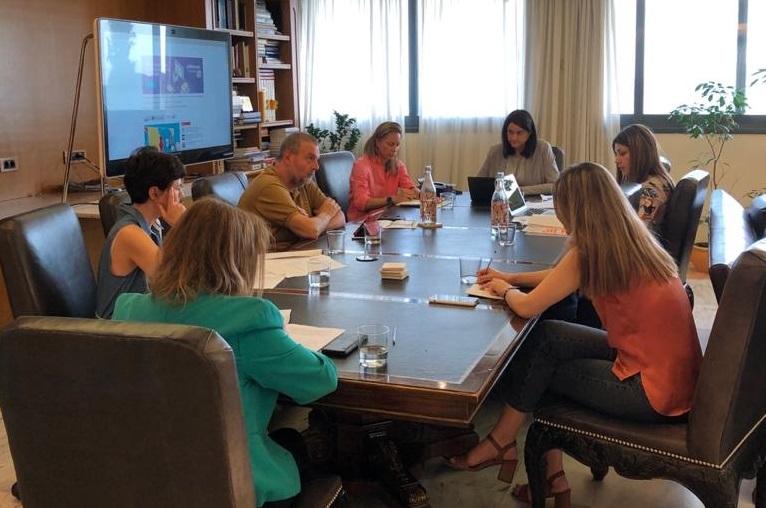 Τα Εργαστήρια Δεξιοτήτων στο επίκεντρο της συνάντησης της πολιτικής ηγεσίας του Υπουργείου Παιδείας και Θρησκευμάτων με το Προεδρείο και εκπροσώπους του ΙΕΠ