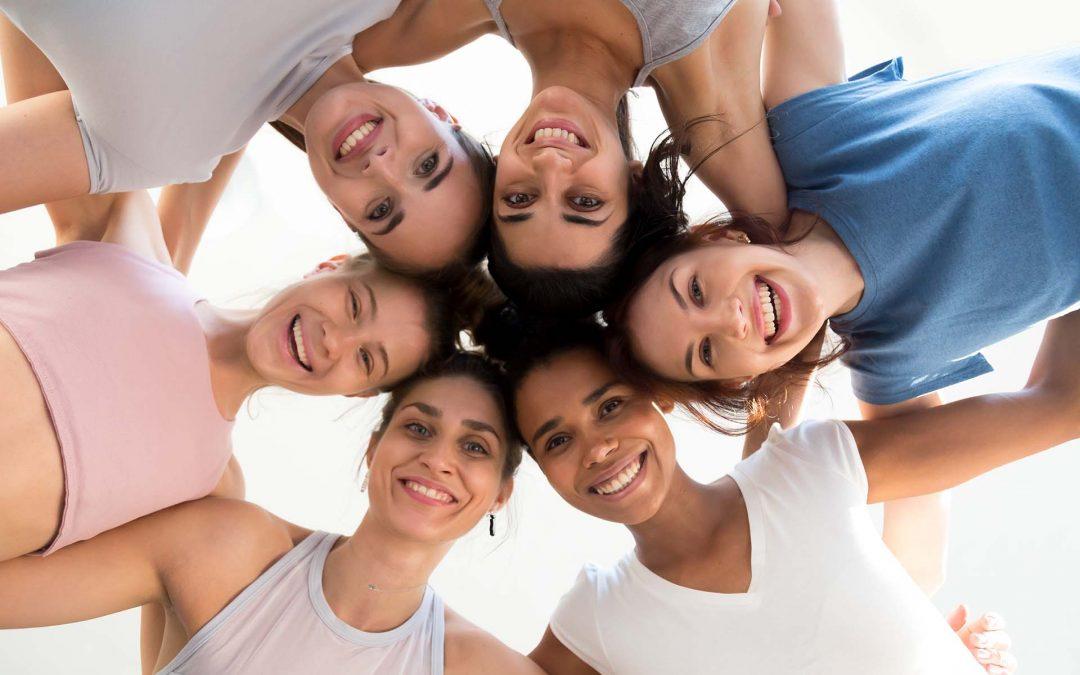 WOMENTORS: Ένα καινοτόμο πρόγραμμα ενδυνάμωσης νέων γυναικών