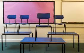 Πώς θα επιστρέψουν στα θρανία 1 δισ. μαθητές;