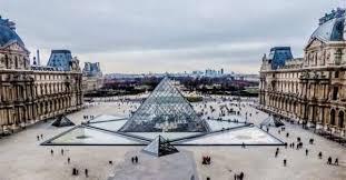 Επισκεφτείτε το μουσείο του Λούβρου από τον υπολογιστή σας δωρεάν!