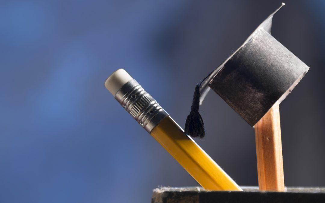 Τριάντα υποτροφίες των 5.000 ευρώ ανά έτος έκαστη σε πρωτοετείς φοιτητές (2020-2021)