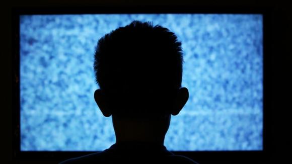 Η συχνή χρήση οθονών από τους μαθητές Δημοτικού επηρεάζει αρνητικά τις σχολικές επιδόσεις