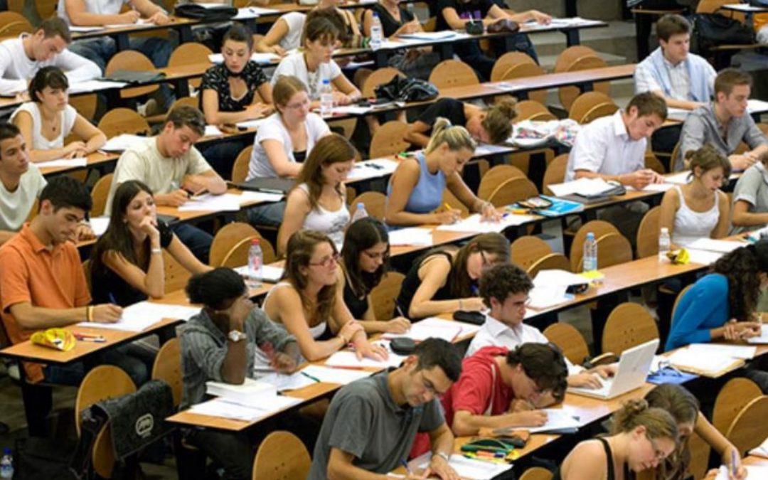Βασίλης Διγαλάκης: Υπερδιπλασιάστηκαν οι τίτλοι των ηλεκτρονικών πανεπιστημιακών  συγγραμμάτων εν μέσω της υγειονομικής κρίσης, διευκολύνοντας την εκπαιδευτική διαδικασία στα πανεπιστήμια