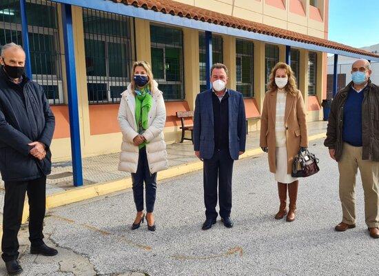 Επίσκεψη της Υφυπουργού κ. Ζέττας Μακρή στο 3ο δημοτικό σχολείο Ασπροπύργου