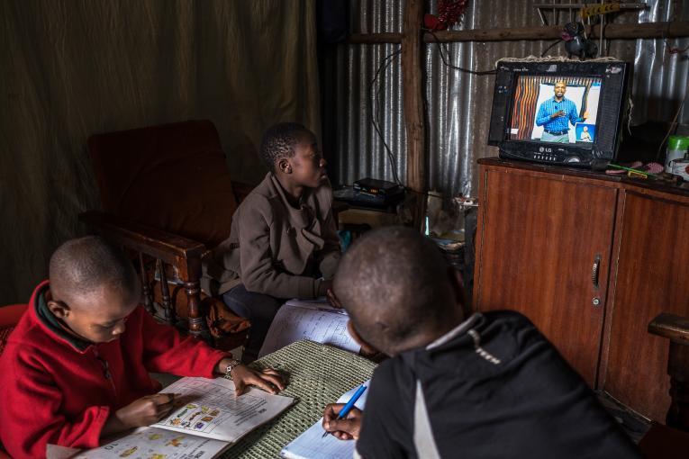 Νέος παγκόσμιος ιχνηλάτης για τη μέτρηση των επιπτώσεων της πανδημίας στην εκπαίδευση παγκοσμίως